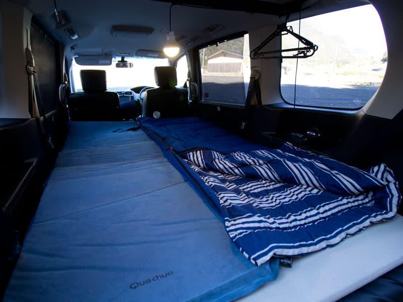 車中泊におすすめの寝袋