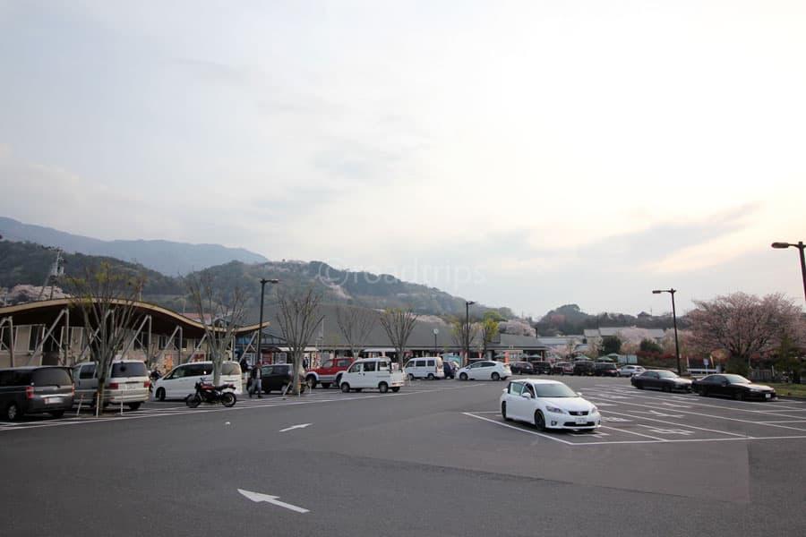 物産館北駐車場